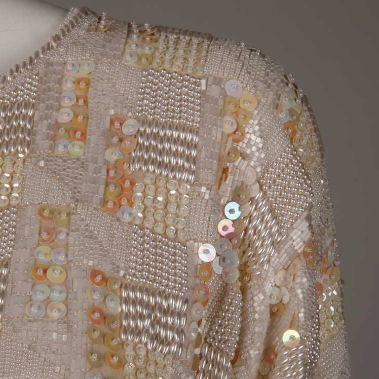 1980s Jenny Lewis Vintage Metallic White Sequin + Pearl Beaded Dress Top/ Shirt In Excellent Condition For Sale In Sparks, NV