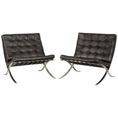 1980s Knoll Barcelona Chairs Black Leather Set of 2
