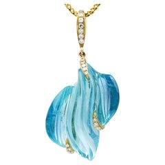 1980's Large Carved Aquamarine Diamond Gold Pendant Necklace