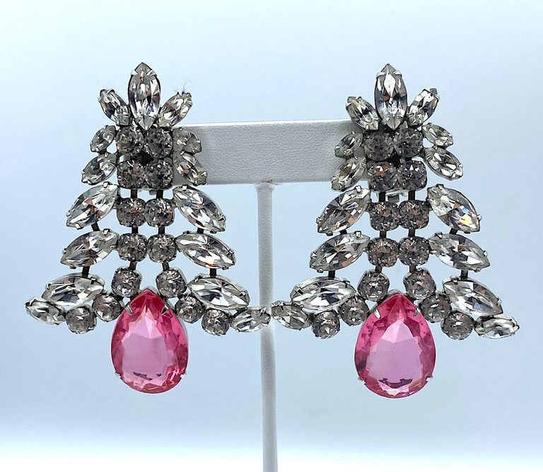 1980s Large Round and Marquise Rhinestone Earrings with Pink Crystal Stone In Excellent Condition For Sale In New York, NY