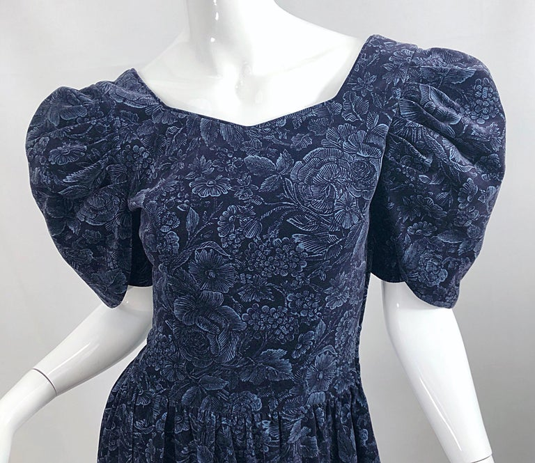 1980s Laura Ashley Batsheva Navy Blue Velvet Open Back Vintage 80s Midi Dress  For Sale 3