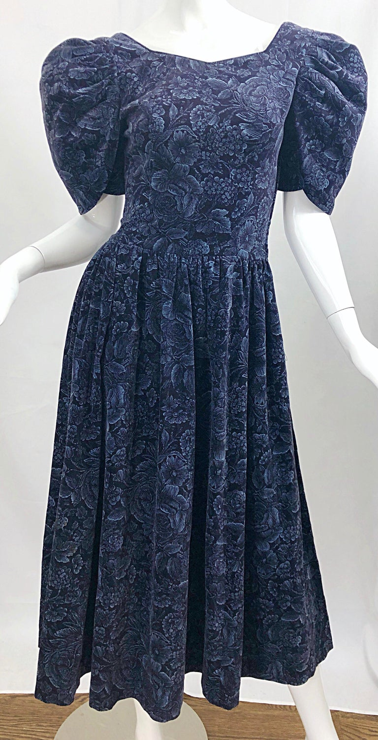 1980s Laura Ashley Batsheva Navy Blue Velvet Open Back Vintage 80s Midi Dress  For Sale 4