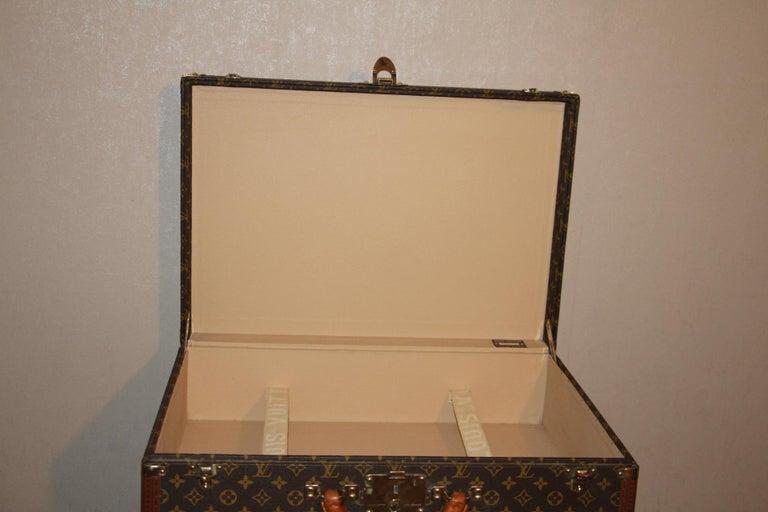 1980s Louis Vuitton Suitcase in Monogram Canvas For Sale 8