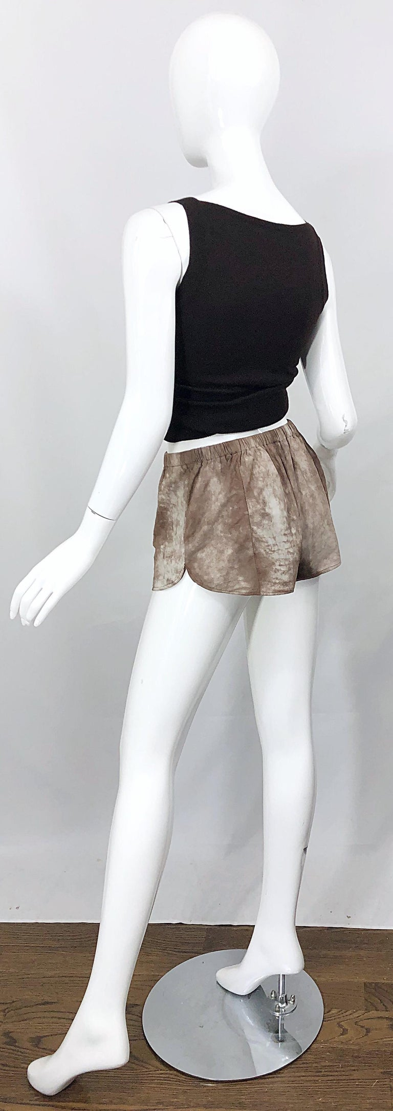 1980s Love, Melody Sabatasso Sheepskin Leather Brown Vintage 80s Hot Pant Shorts For Sale 7