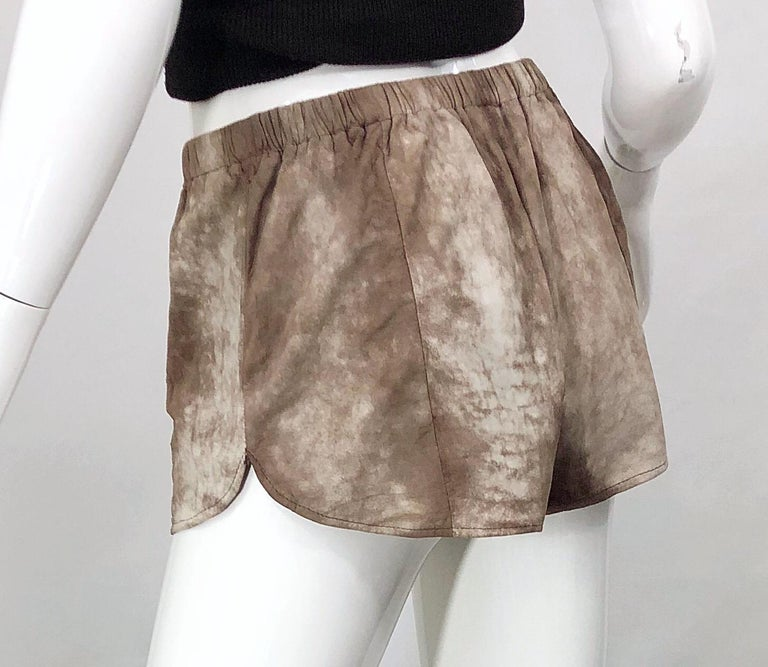 1980s Love, Melody Sabatasso Sheepskin Leather Brown Vintage 80s Hot Pant Shorts For Sale 1