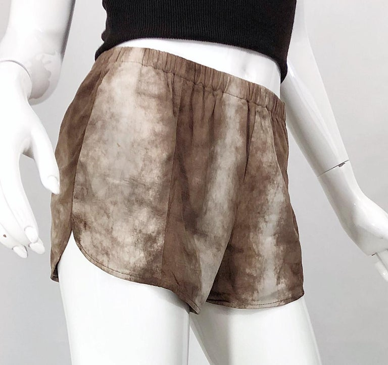 1980s Love, Melody Sabatasso Sheepskin Leather Brown Vintage 80s Hot Pant Shorts For Sale 4