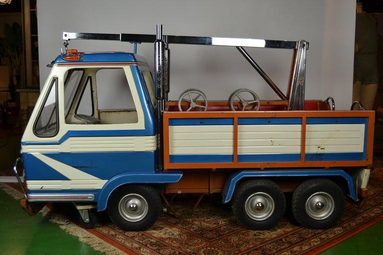 1980s Metal Carousel Tow Truck by L' Autopède Belgium For Sale 3