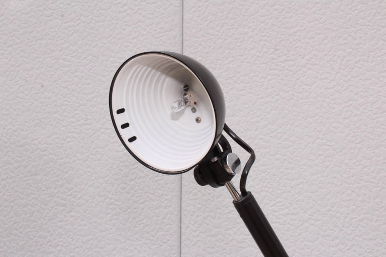 1980s Mid-Century Modern Italian Desk Lamp For Sale 5