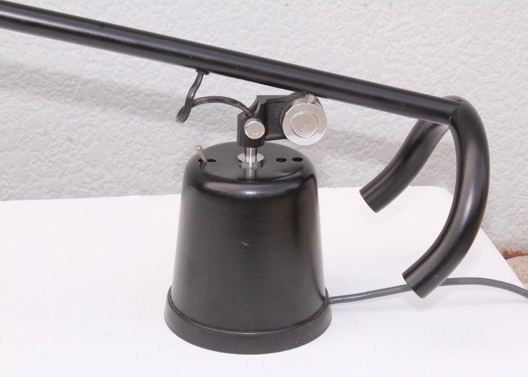 Metal 1980s Mid-Century Modern Italian Desk Lamp For Sale