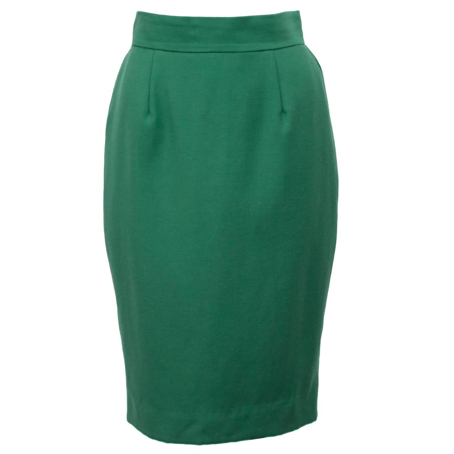 146d13cda 1980s Moschino Cheap and Chic Kelly Green Wool Skirt Suit For Sale at  1stdibs