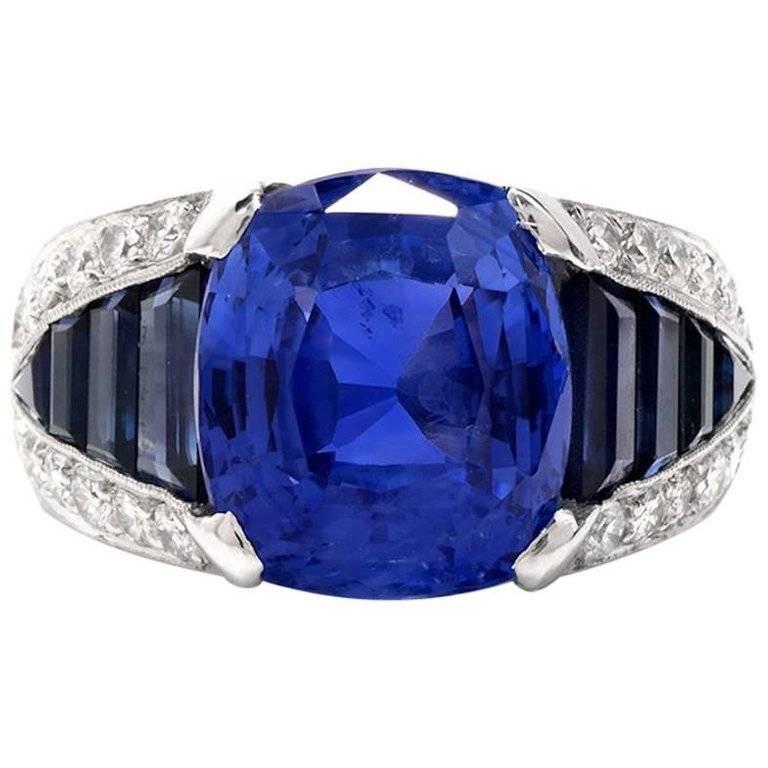 1980s Natural No Heat Ceylon Sapphire Diamond Platinum Ring