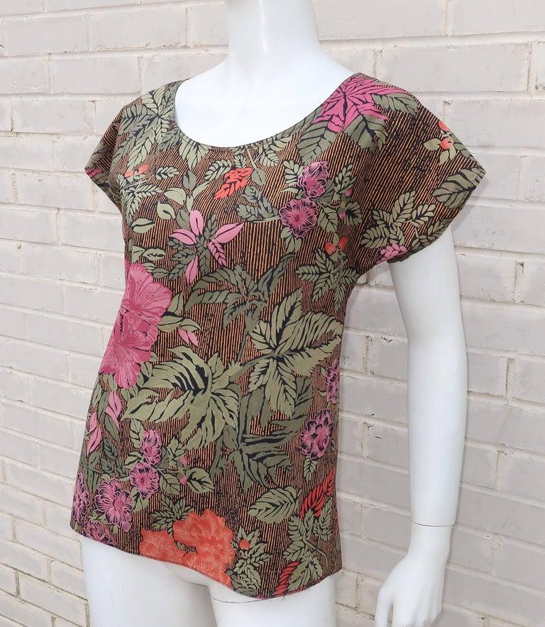 1980's Oscar de la Renta Tropical Floral Cotton Top In Good Condition For Sale In Atlanta, GA
