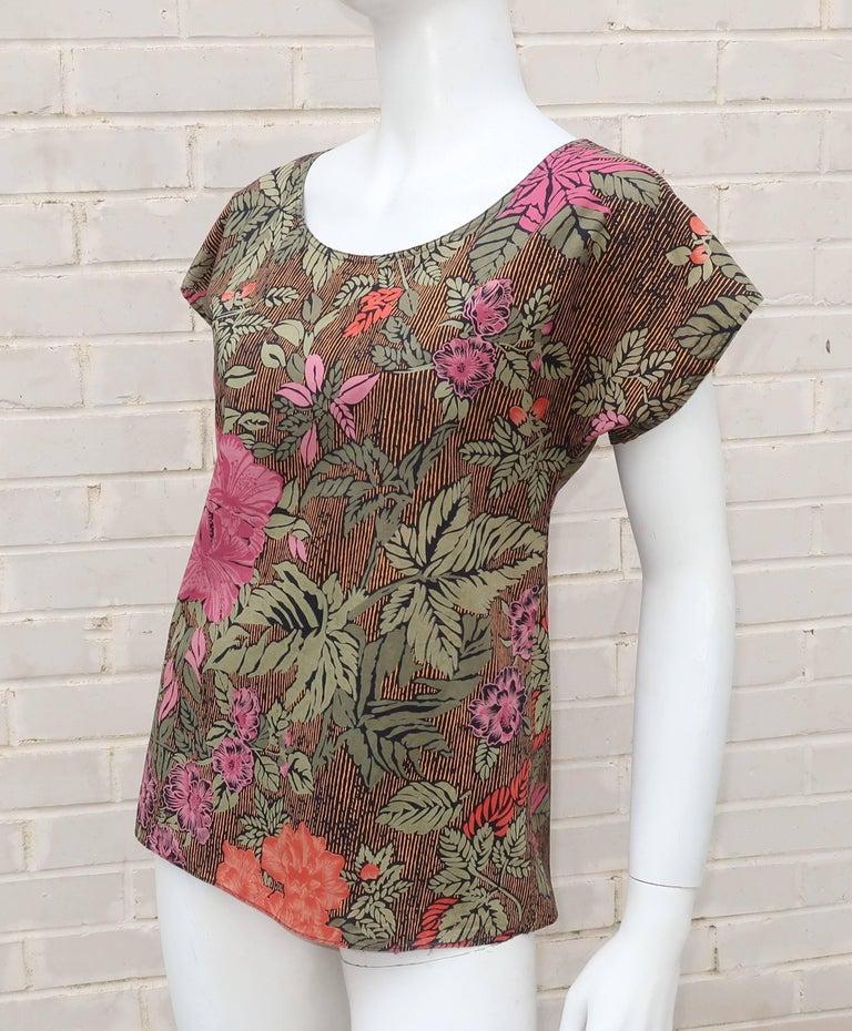 Women's 1980's Oscar de la Renta Tropical Floral Cotton Top For Sale