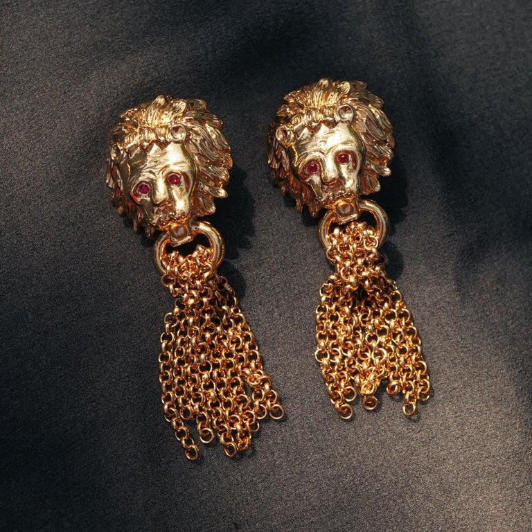- Each earring is 3.5