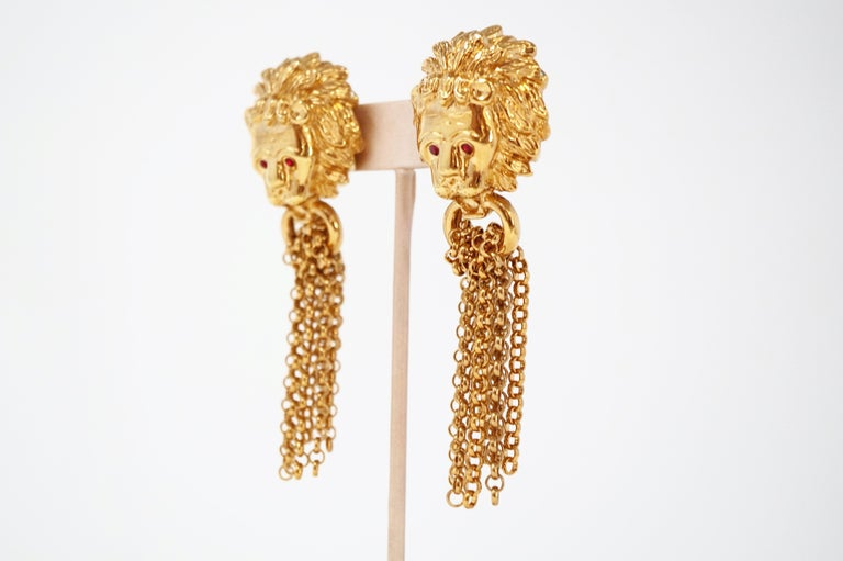 1980s Oversized Italian Designer Lion Statement Earrings with Chain Tassels In Excellent Condition For Sale In Los Angeles, CA