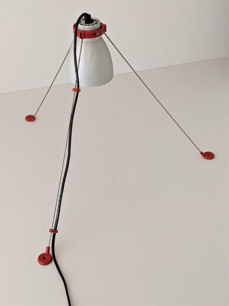 1980s Pair of ''Grifo'' Table or Wall Lamp by Artemide, Italy For Sale 10