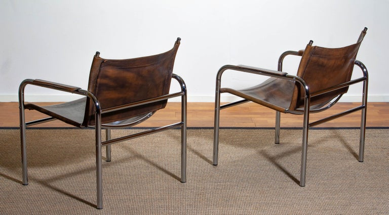 1980s, Pair of Leather and Tubular Steel Armchairs by Tord Bjorklund, Sweden In Good Condition For Sale In Silvolde, Gelderland