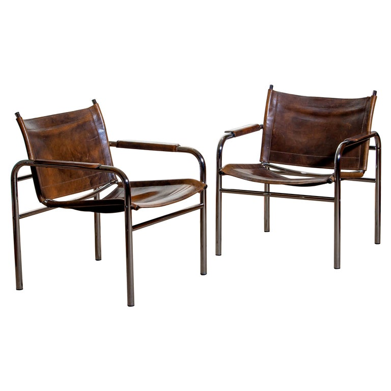 1980s, Pair of Leather and Tubular Steel Armchairs by Tord Bjorklund, Sweden For Sale