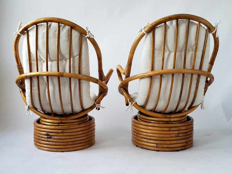 20th Century 1980s Pair of Rattan Rocking and Swivel Lounge Chair , USA For Sale