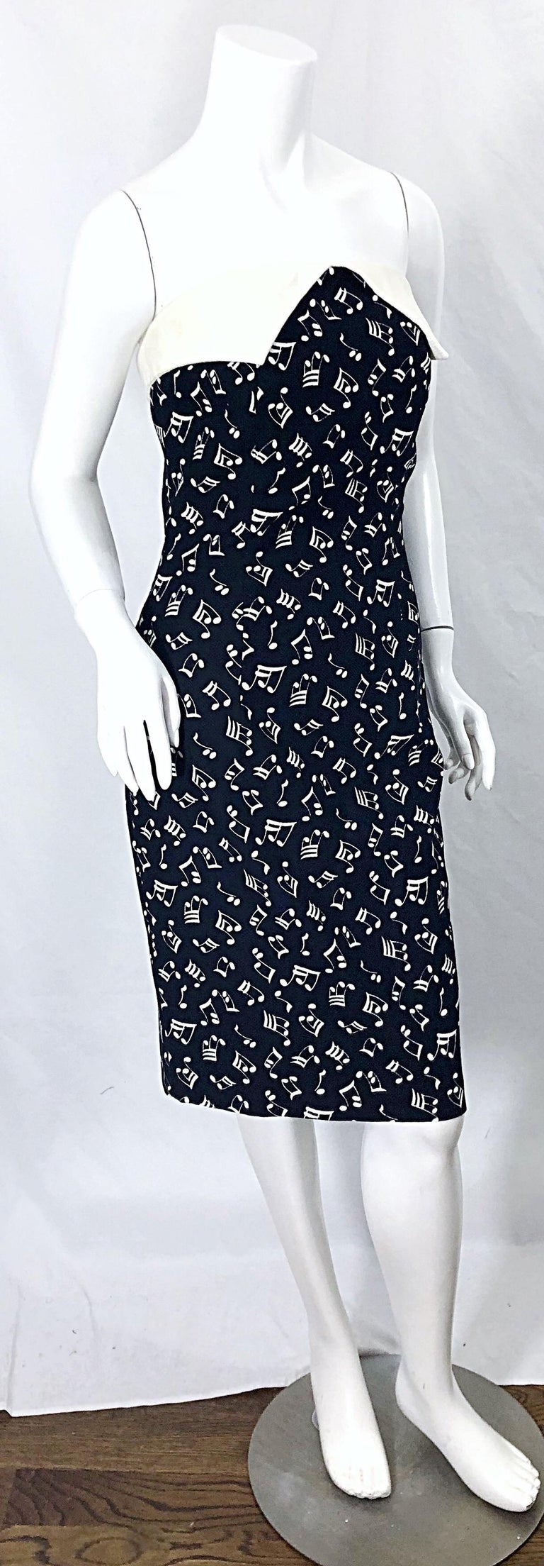 1980s Patrick Kelly Size 10 Novelty Music Print Black and White Strapless Dress For Sale 9