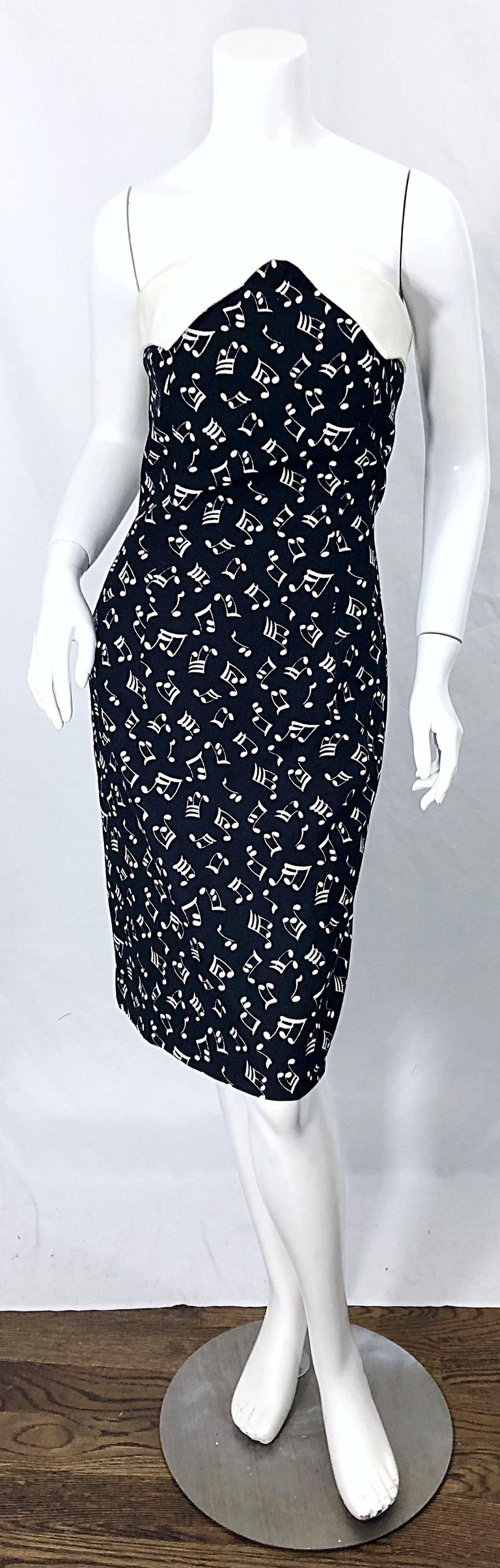 1980s Patrick Kelly Size 10 Novelty Music Print Black and White Strapless Dress For Sale 10