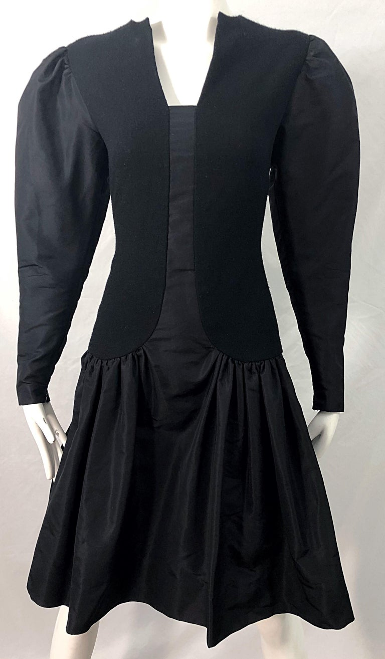 1980s Pauline Trigere Black Wool Silk Taffeta Avant Garde Vintage 80s Dress For Sale 3