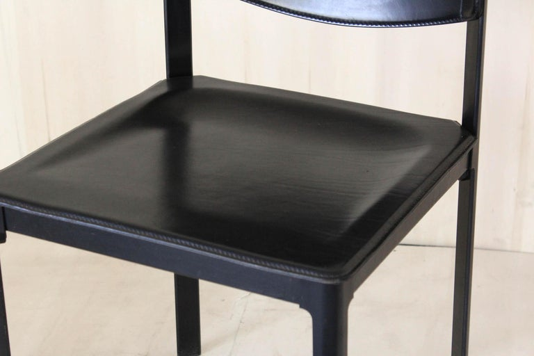 1980s Postmodern vintage Black leather Dining Chairs by Matteo Grassi  For Sale 8