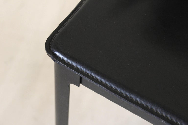 1980s Postmodern vintage Black leather Dining Chairs by Matteo Grassi  For Sale 11