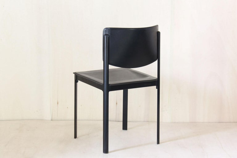 1980s Postmodern vintage Black leather Dining Chairs by Matteo Grassi  For Sale 1