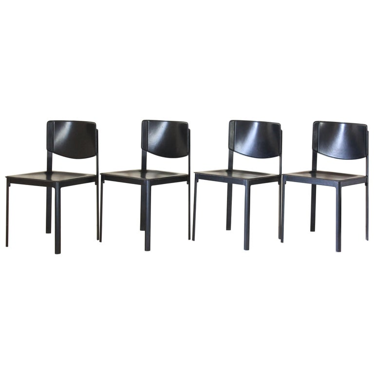 1980s Postmodern vintage Black leather Dining Chairs by Matteo Grassi  For Sale