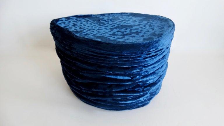 1980s rare Isabel Canovas Blue Velvet Asymmetrical Hat  For Sale 4