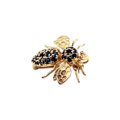 1980s Ruby and Sapphire Bee Brooch Pin in 14 Karat Gold, Made by Hanora