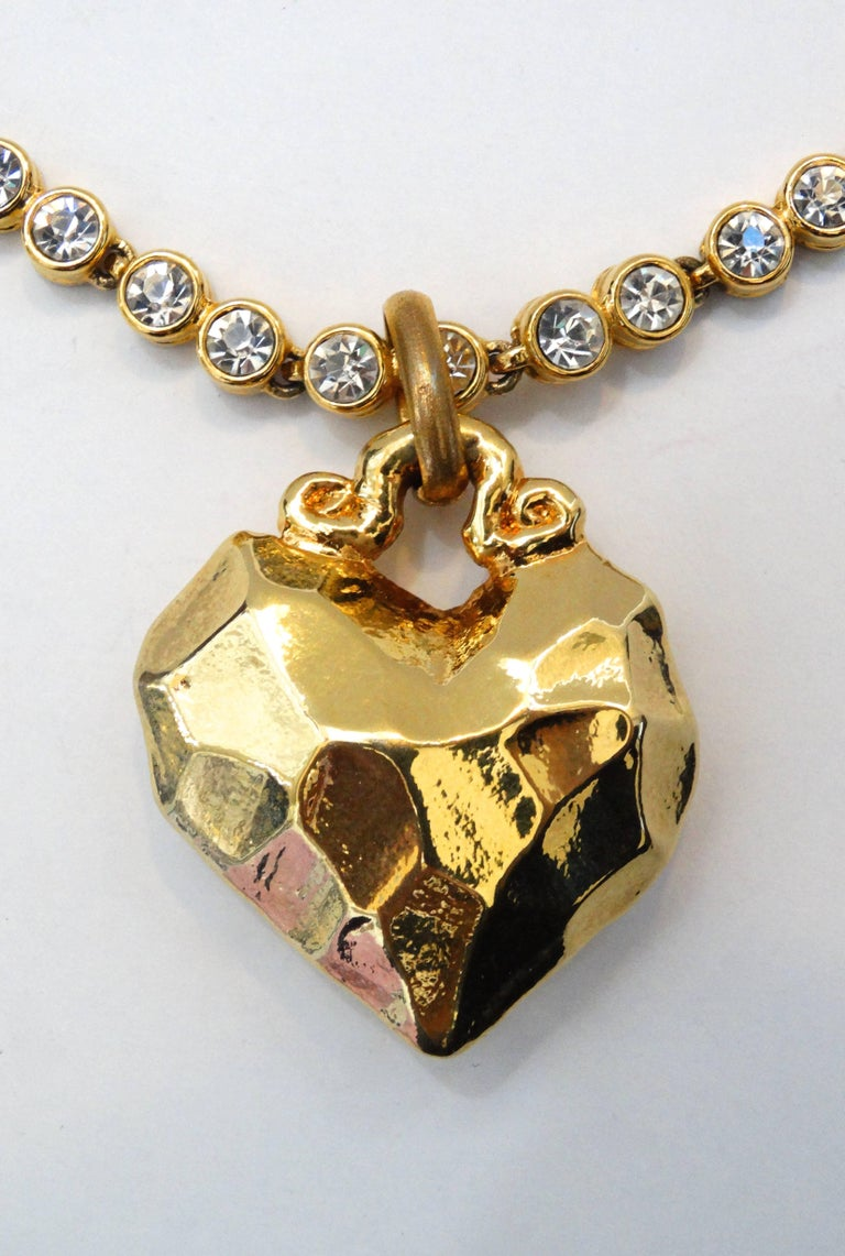 1980s Sonia Rykiel Hammered Heart Pendant Rhinestone Necklace  In Excellent Condition For Sale In Scottsdale, AZ