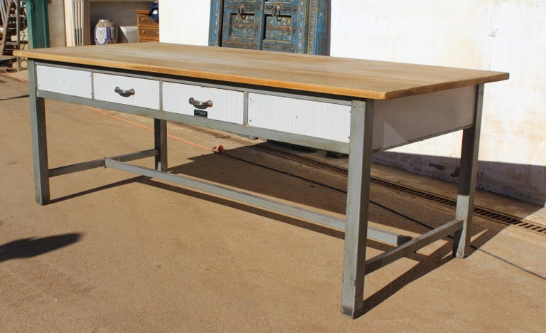 1980s Spanish Bakery Work Table with Steel Legs In Good Condition For Sale In Malaga, ES