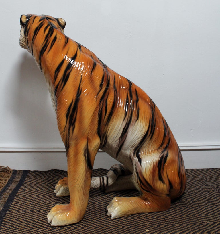 1980s Spanish Hand Painted Glazed Ceramic Tiger Sculpture For Sale 1