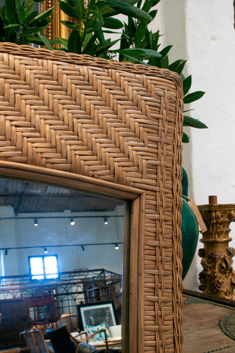 1980s Spanish Handwoven Brown Wicker Mirror For Sale 2