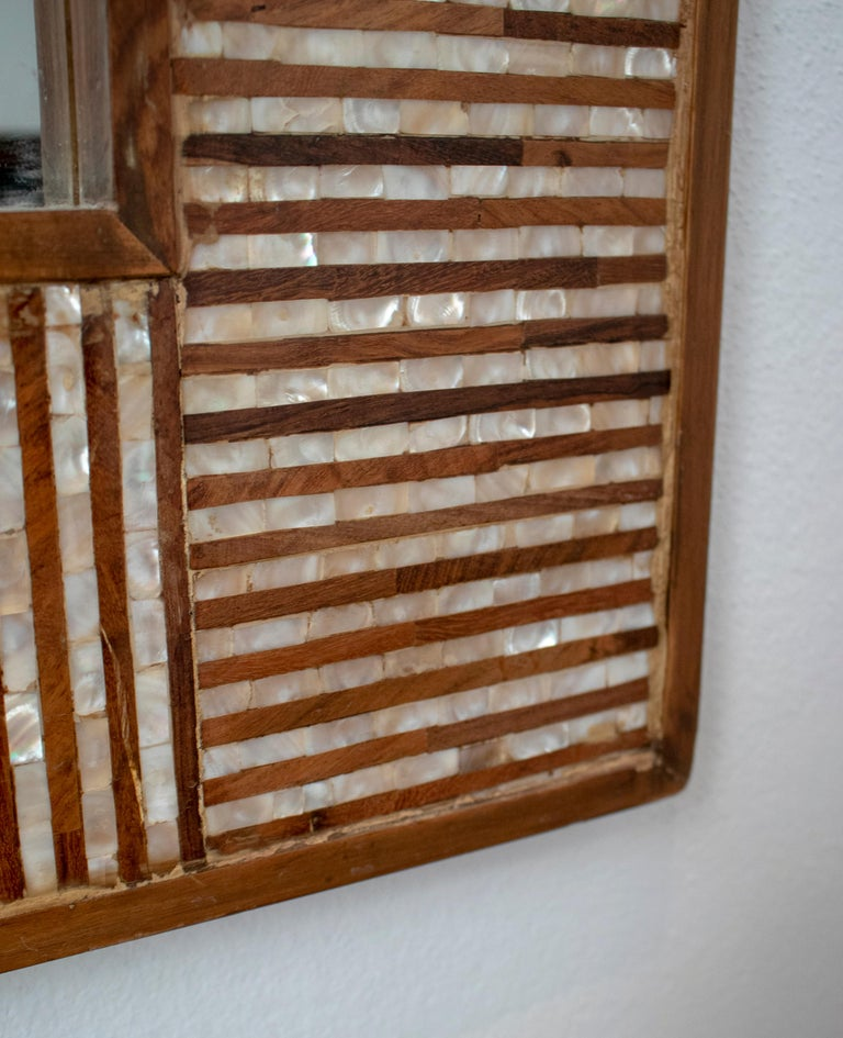1980s Spanish Mother of Pearl and Coco Fiber Inlaid Mirror For Sale 3