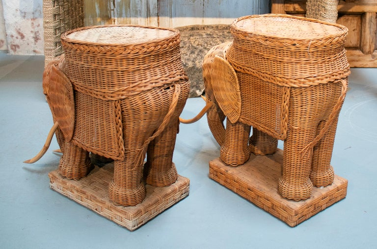 Wicker 1980s Spanish Pair of Elephant Weaved Rattan Side Tables For Sale