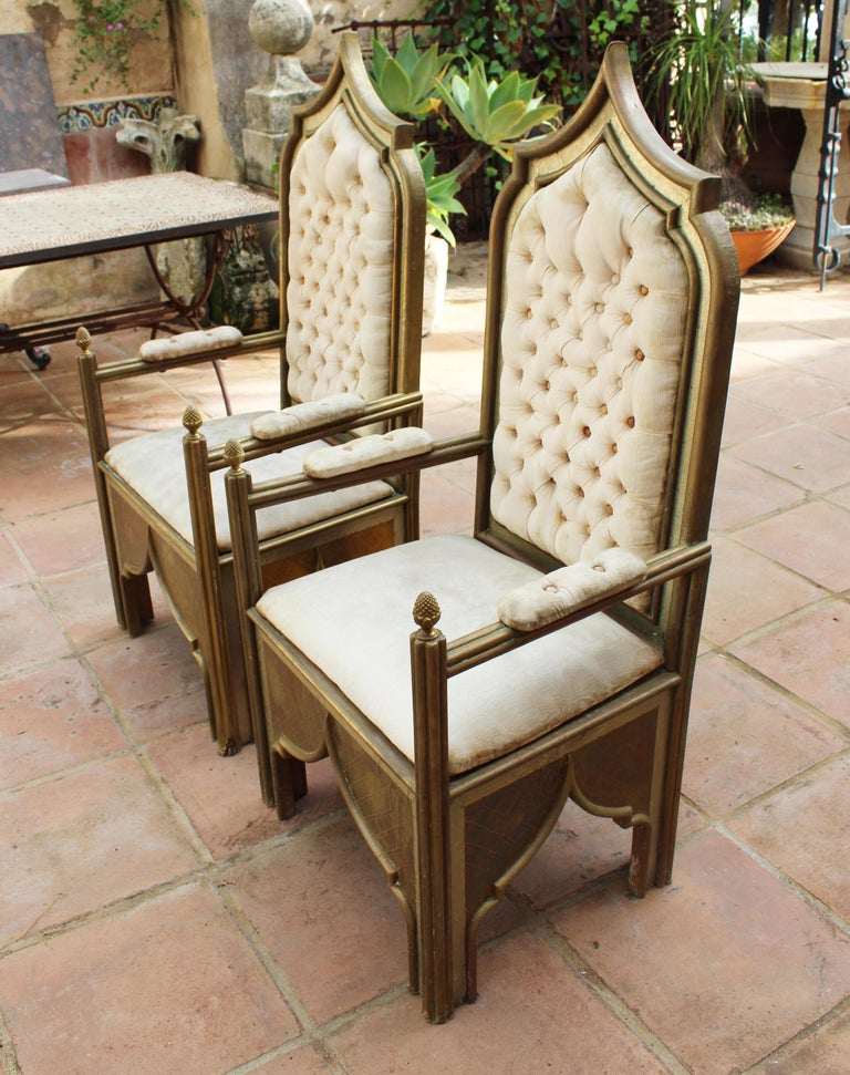 1980s Spanish Pair of Two-Tone Brass Armchairs in Alfonso Dubarry's Style In Good Condition For Sale In Malaga, ES