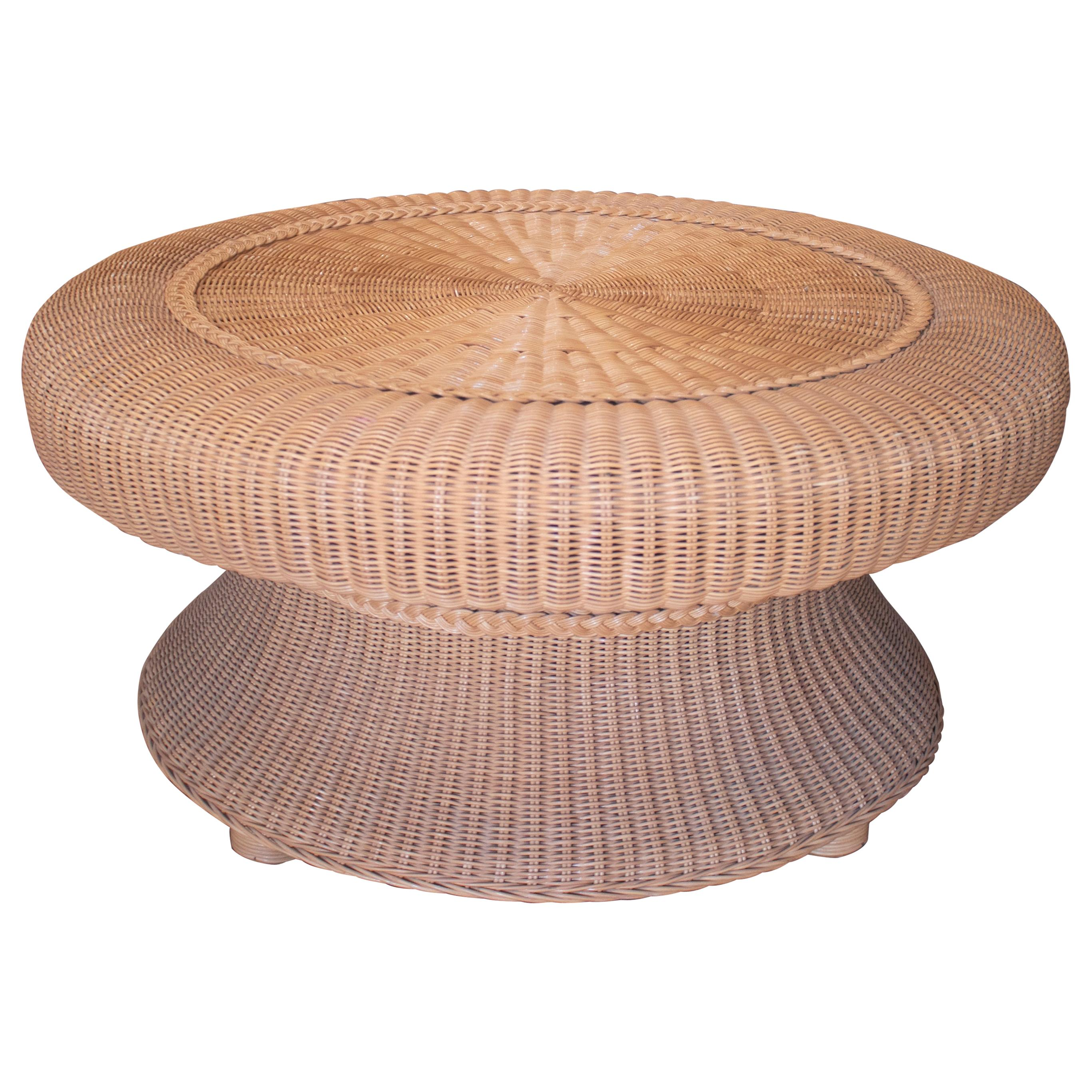 1980s Spanish Round Woven Wicker Coffee Table