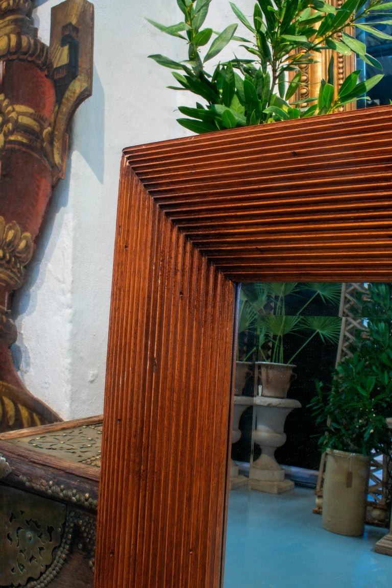 1980s Spanish Wooden Mirror In Good Condition For Sale In Malaga, ES