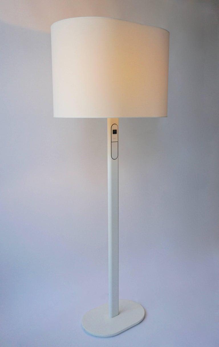 Mid-Century Modern 1980s Staff Floor Lamp For Sale