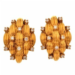 1980s Stylish Diamond Gold Clip-On Earrings