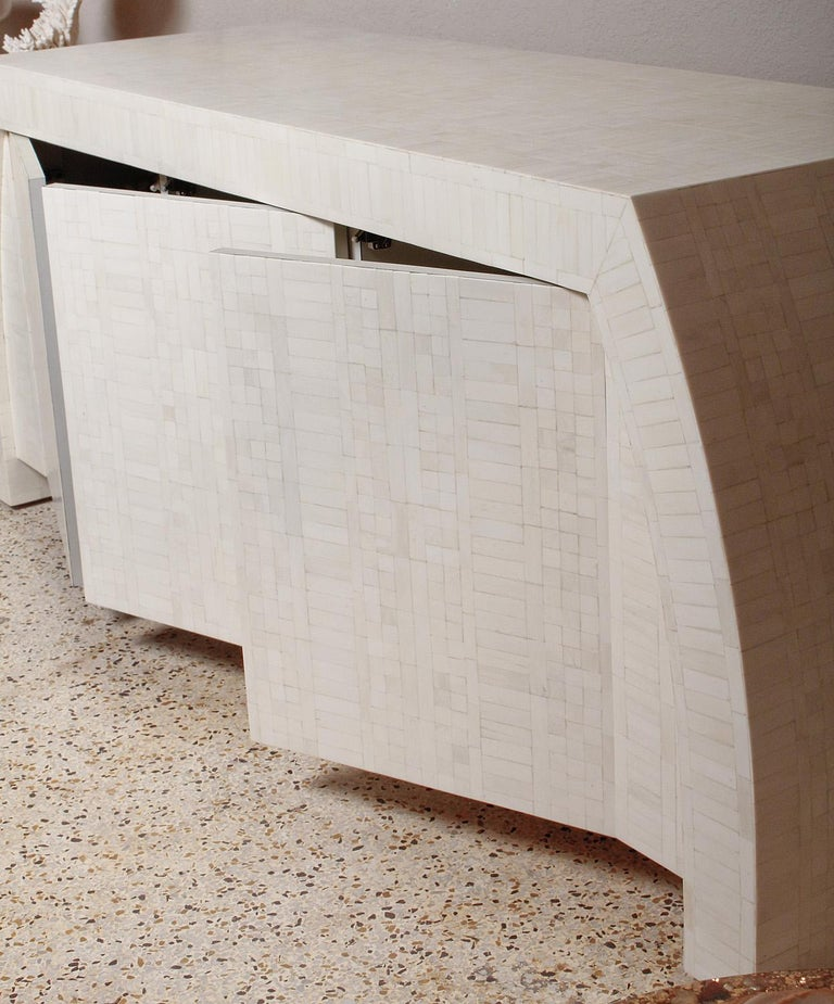 1980s Tessellated Bone Credenza by Enrique Garces, Colombia For Sale 3