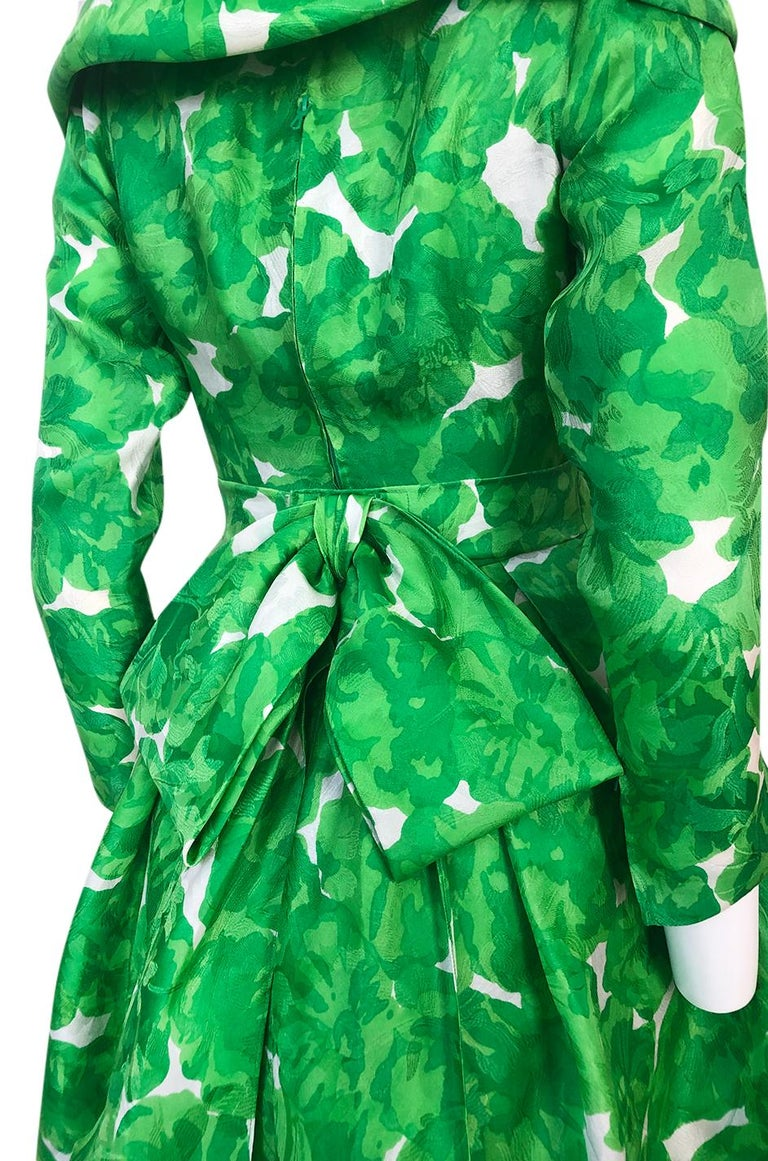 1980s Unlabeled Jean Louis Scherrer Printed Green Silk Gazar Dress For Sale 5