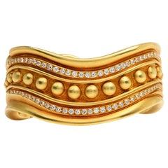 1980's Vahe Naltchayan Vintage Diamond Heavy 18K Gold Cuff Bangle Bracelet