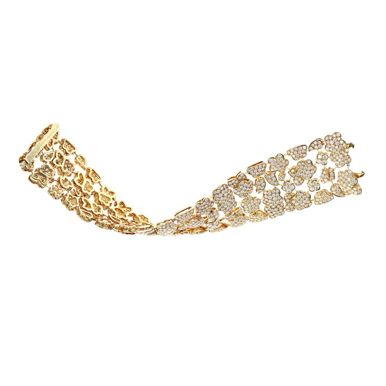 Brilliant Cut 1980s Van Cleef and Arpels Diamond and Gold Bracelet For Sale