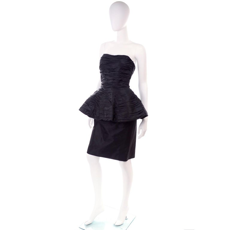 1980s Victor Costa Black Pleated Strapless Dress W Dramatic Peplum In Excellent Condition For Sale In Portland, OR