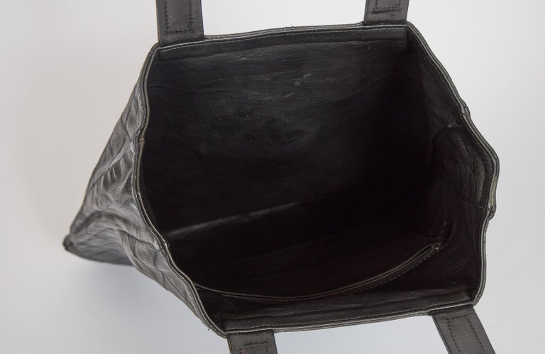 1980's Vintage Chanel Black Quilted Coin Handbag For Sale 1