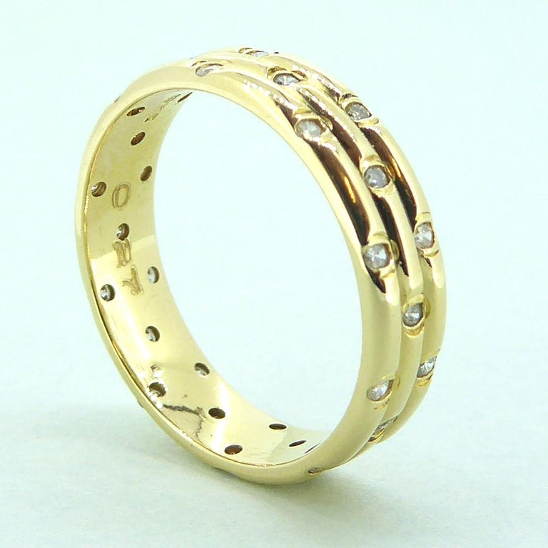 Contemporary 1980s Vintage Diamond Wedding or Eternity Ring, 18 Carat Gold For Sale